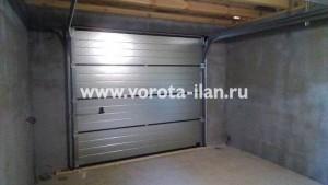 Объект с немецкими секционными гаражными воротами Hormann - 2