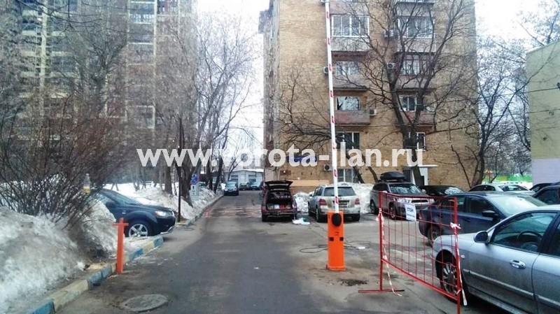 Москва_Чонгарский бульвар 26_шлагбаум CAME gard3750_электромагнитный замок_видеонаблюдение_1