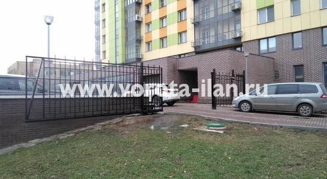 Москва_Большая Калитниковская 42а_ворота откатные с калиткой и забором_1