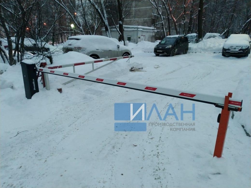 На территории МКД в Москве по адресу ул. Профсоюзная, д. 75 установлены два шлагбаума с повышенной защитой от вандализма — бюджетный вариант Doorhan и итальянский CAME Gard 3750_фото 2