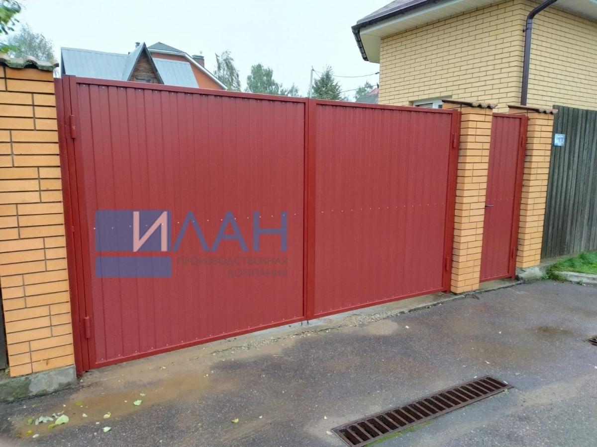 Распашные ворота в СНТ Гавриково-1, установленные на въезде в частное домовладение. Заказчик обратился по рекомендации соседа, у которого ворота, установленные ПК ИЛАН, работают уже 10 лет_фото 3