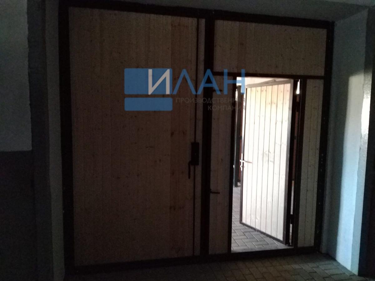 Утеплённые распашные ворота, индивидуальная конструкция по согласованию с заказчиком для конюшен в Остафьево_фото 4