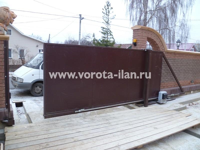 Ворота откатные, зашитые коричневым профлистом_фото 3