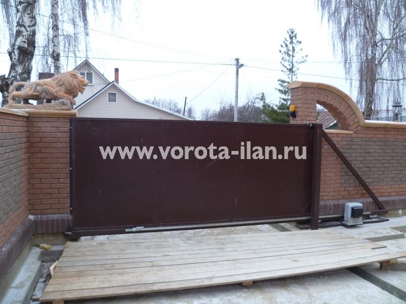 Ворота откатные, зашитые коричневым профлистом_фото 2