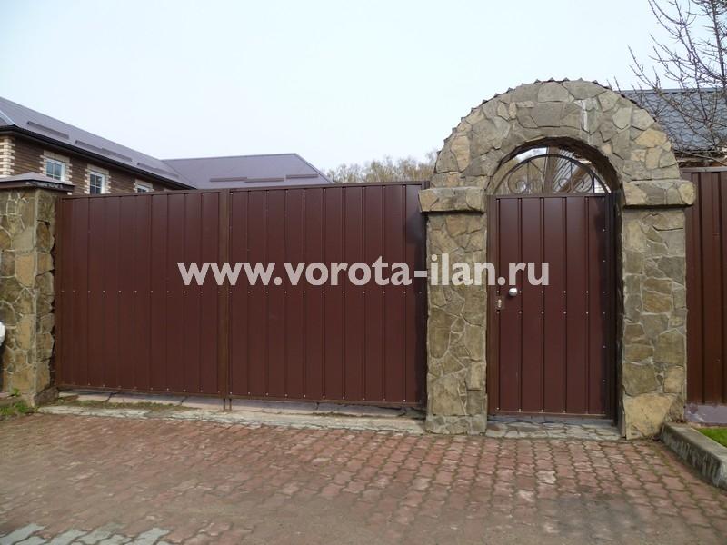 Ворота распашные_калитка с аркой_фото 1