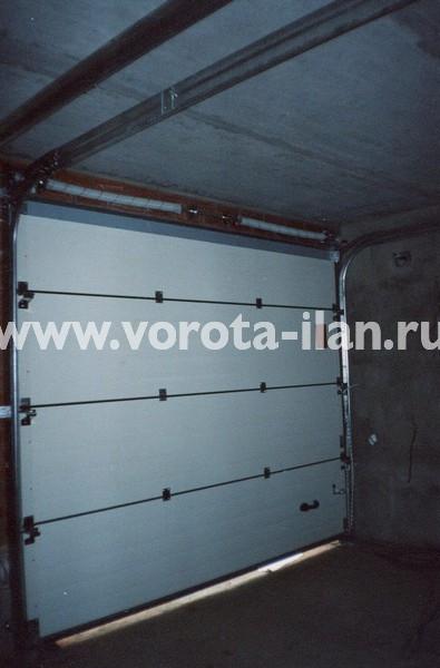 Ворота секционные гаражные_белые_фото 2
