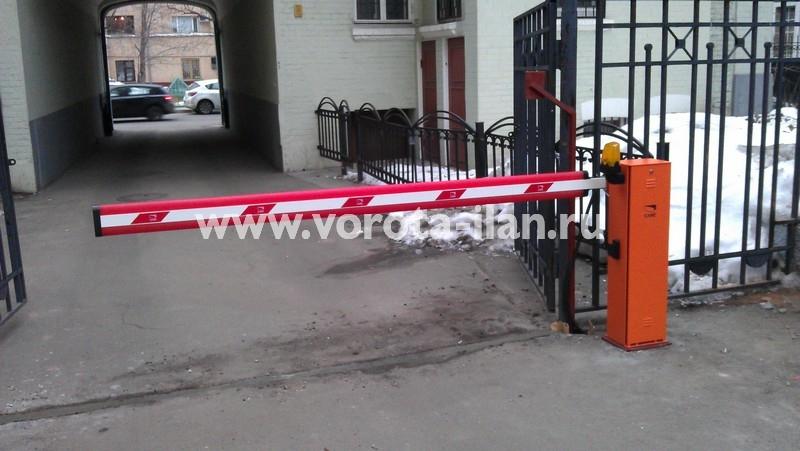 Москва_парковка у банка_шлагбаум CAME GARD4000_фото 5